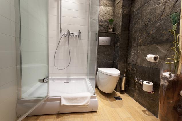 Zobacz galerię zdjęć Projekt małej łazienki. Nowoczesny styl we wnętrzu  Stronywnętrza.pl